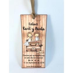 Marca páginas boda madera