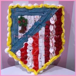Tarta de chuches escudo atleti