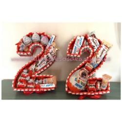 Tarta Kinder grande de dos números o letras